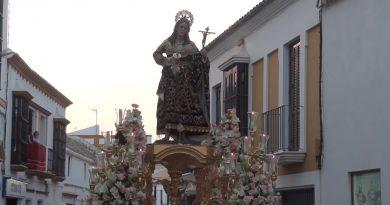 La Parroquia Santa María Magdalena de Arahal anima a los vecinos a adornar los balcones